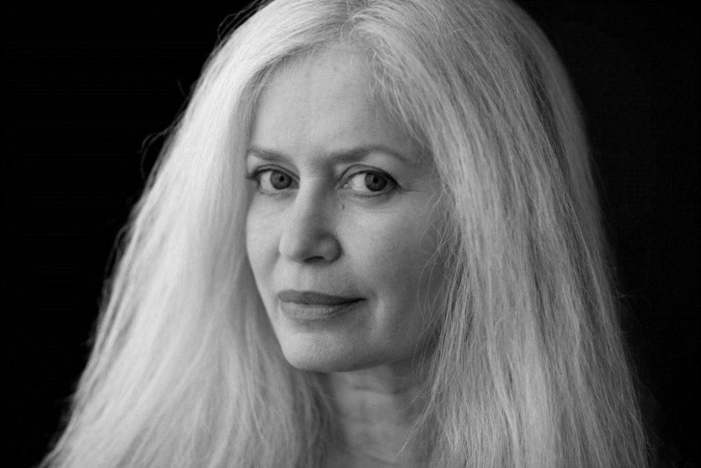 Author Photo - AmyHempelCreditVickiTopaz - Carla Cain-Walther
