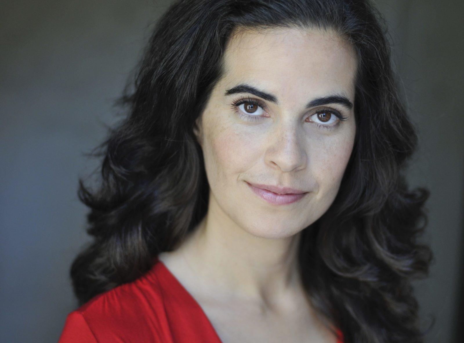 Leila Buck Headshot (1)
